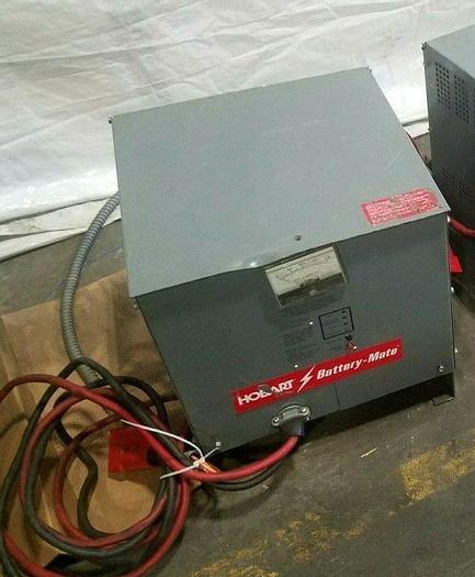 Used Hobart Battery Mate Model 725M1 12 -3