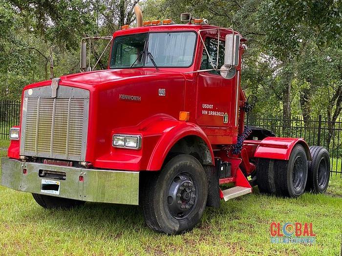 Used Item 0788 : 2001 Kenworth T800B Tractor, 6X4