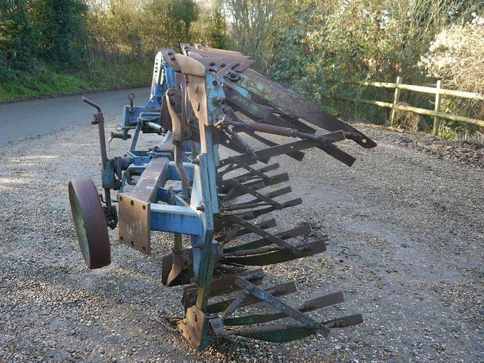 Rabe Star 120 Plough