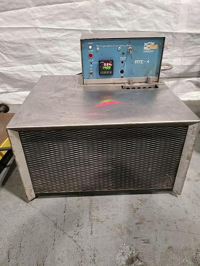Used NESLAB Refrigerated Circulating Bath RTE 4 Lab Equipment