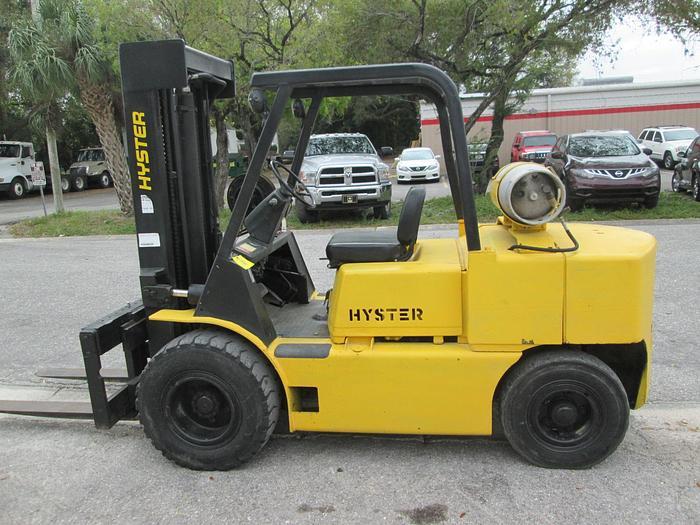 Hyster H80E 10,000 LB  Lifting Capacity Forklift