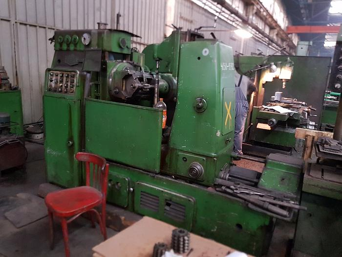 Cugir FD500 Gear Hobbing Machine