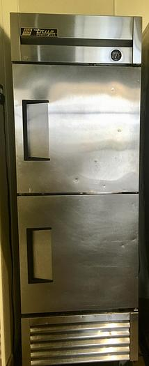 Used True Refrigerator T-23F-2