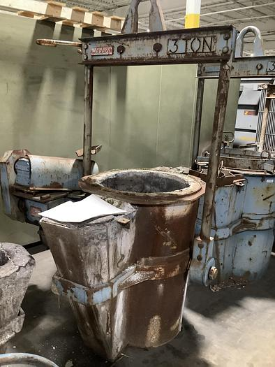 Used MODERN 3 TON POURING LADLE