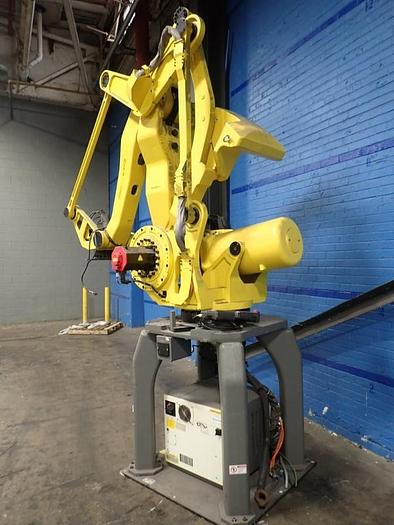 Used FANUC M41OiB/700 WITH R30iB CONTROL, CABLES & TEACH PENDANT