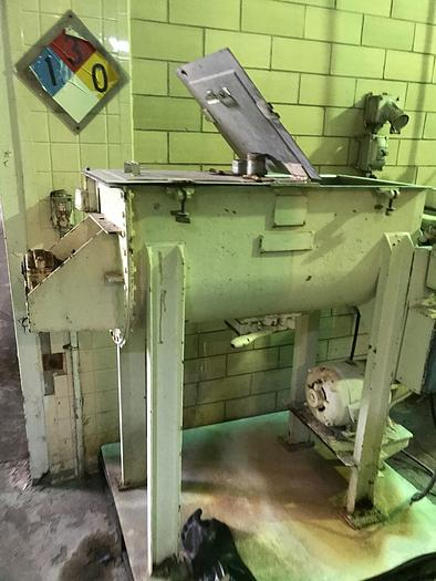 Used 5 CU. FT. DOUBLE RIBBON BLENDER - S/S