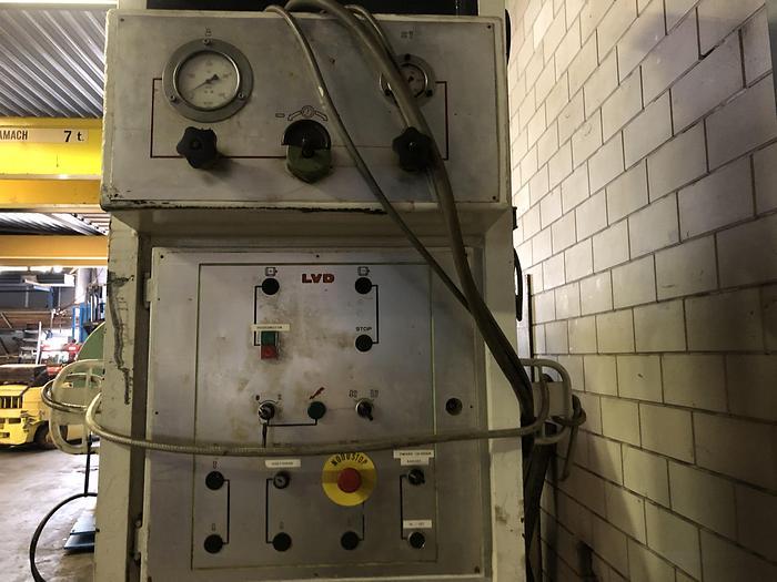 LVD EM 400
