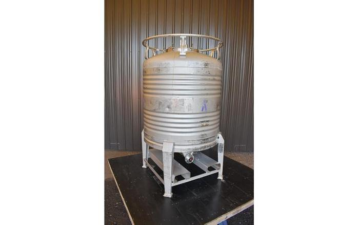 Used USED 211 GALLON TANK (ASEPTIC TOTE), 304 STAINLESS STEEL