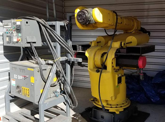 Used Fanuc S-420iF Robot with R-J2 Control Center