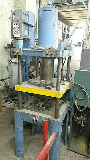 "Used 30 Ton x 18"" Logan Hydraulic Press Stamping Hobbing Pressing Forming Piercing"