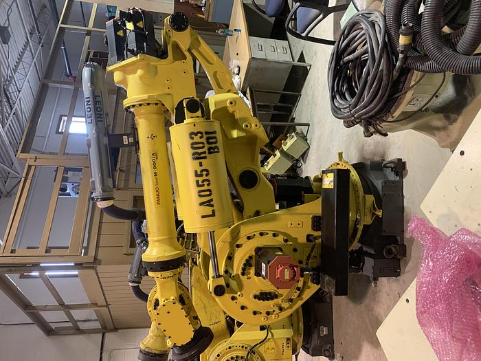 FANUC M900iA/600 6 AXIS CNC ROBOT WITH R30iA CONTROLLER 600KG X 2832mm REACH