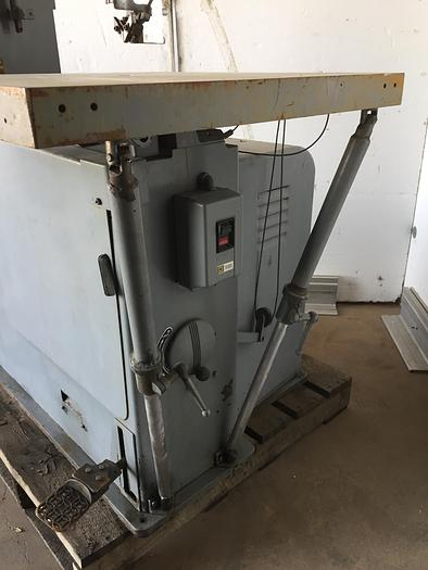 """26"""" DoAll Extended Height Vert. Band Saw"""