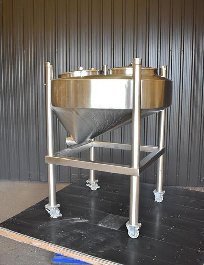 Used USED 125 GALLON TANK, STAINLESS STEEL, SANITARY