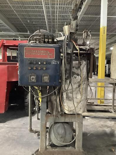 Used GAYLORD SATB-15 Semi Automatic Core Machine