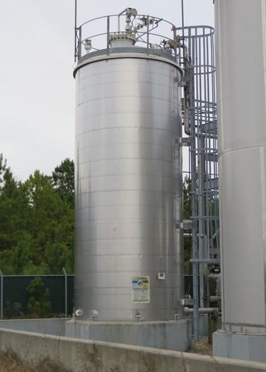 Mueller 14,000g CS Oleum Tank