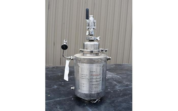 USED 2 LITER TANK (VESSEL), STAINLESS STEEL