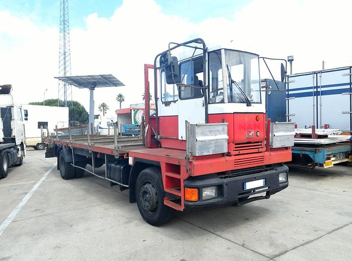 1995 MAN 18.232 iron carrier truck