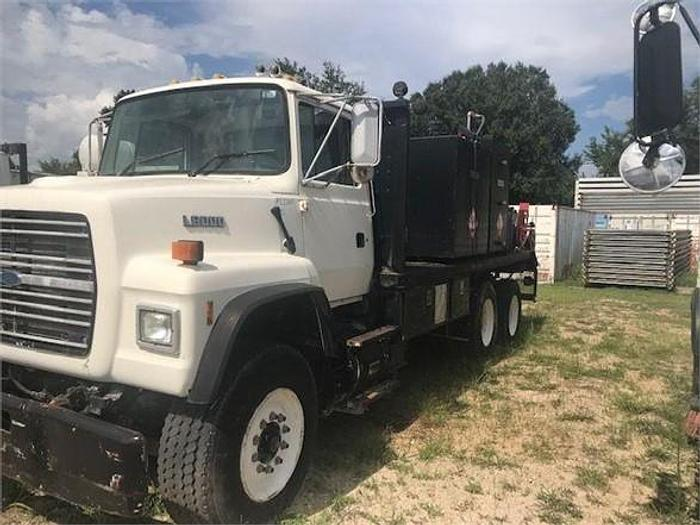 Used 1999 FORD LNT8000
