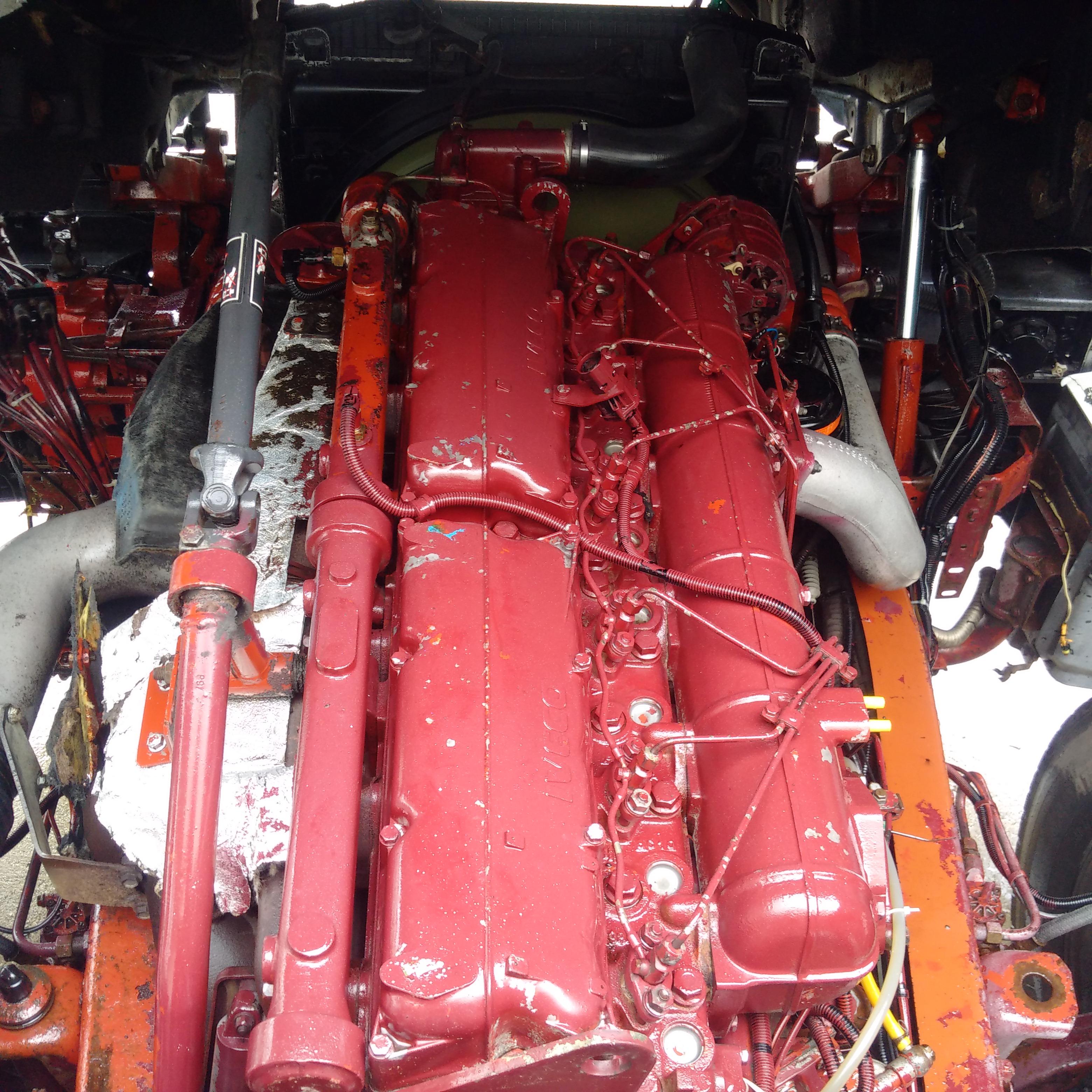 2000 IVECO Eurotech 440E42 manual injector pump tractor unit