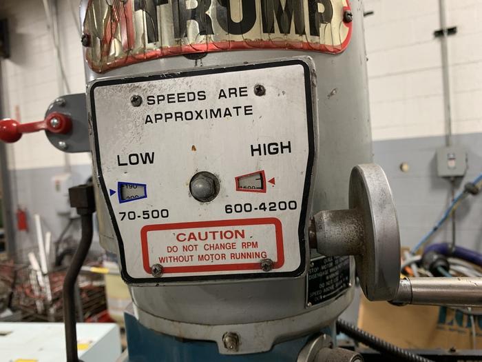 ATRUMP K2V VERTICAL KNEE TYPE MILLING MACHINE