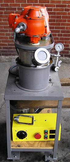 CHARLES ROSS & SON COMPANY LDM 1 DOUBLE PLANETARY MIXER., SN: 624416-AM. 115/230 VOTS, 1 PHASE, 60 HZ, 6.8/3.4 AMPS, 1/2 HP. UNIT IS COMPLETE WITH  JACKETED VACUUM MIXING CHAMBERS, CONSOLE FOR CONTROLLING VOLTAGE FOR RPM AND MOUNTED ON PORTABLE CART.