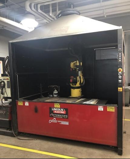 Used FANUC ARCMATE 100iB/6S ROBOTIC LINCOLN SYSTEM 05 MIG WELDING CELL