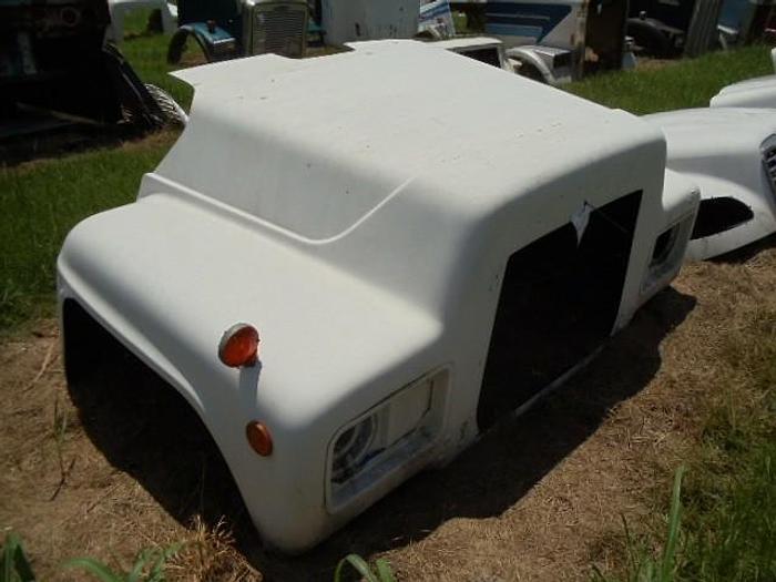 Used Mack R600
