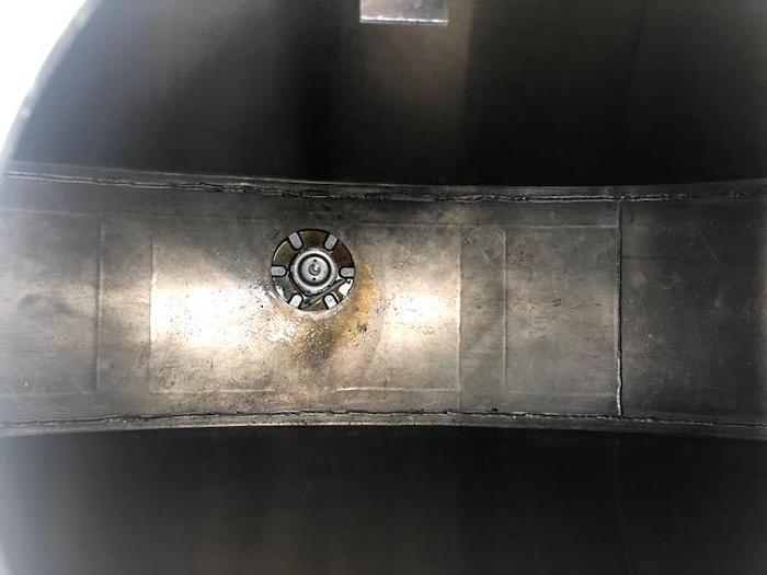 1999 INTERNATIONAL 8100 FUEL TANK TRUCK