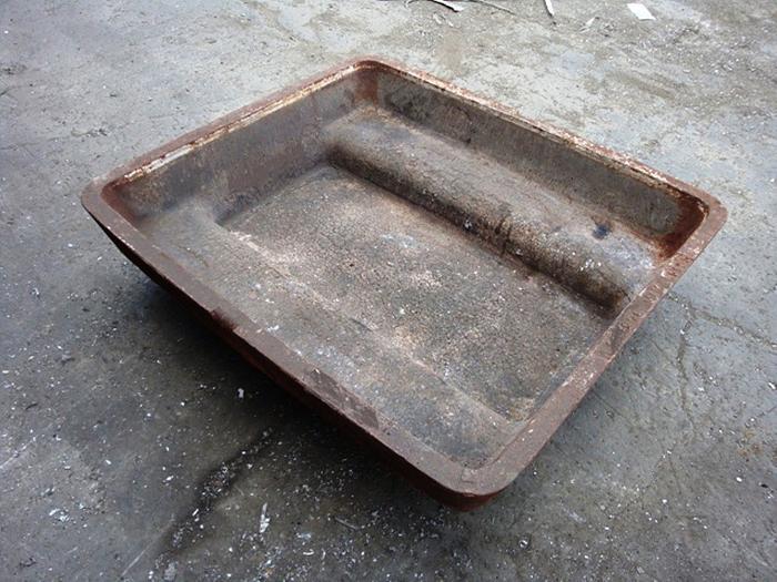 1,500 lb Molten Capacity Low-Profile Sow Molds: MC-438