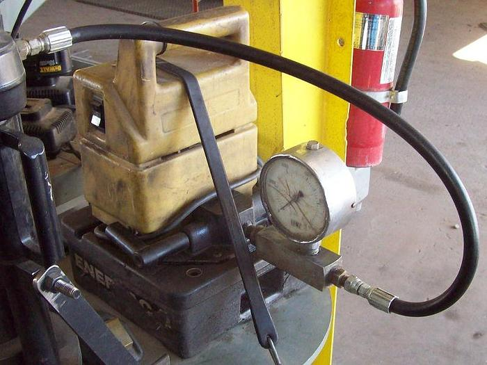 Used Enerpac Model PUJ1200B Hydraulic Unit; S/N 04889C