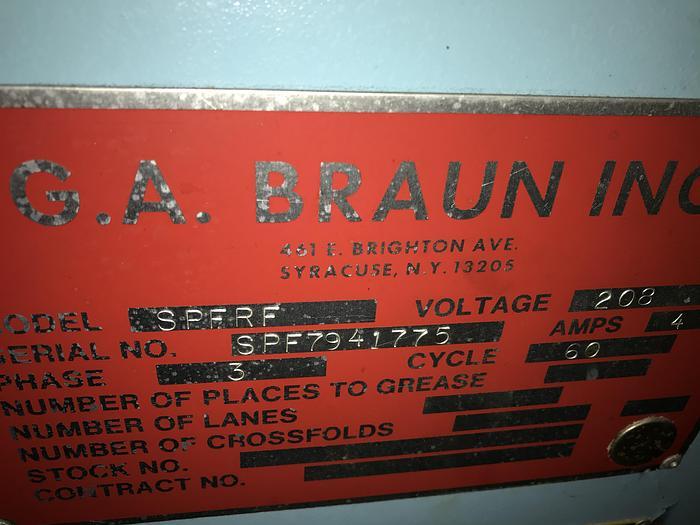 1994 BRAUN SMALL PIECE/TOWEL FOLDER
