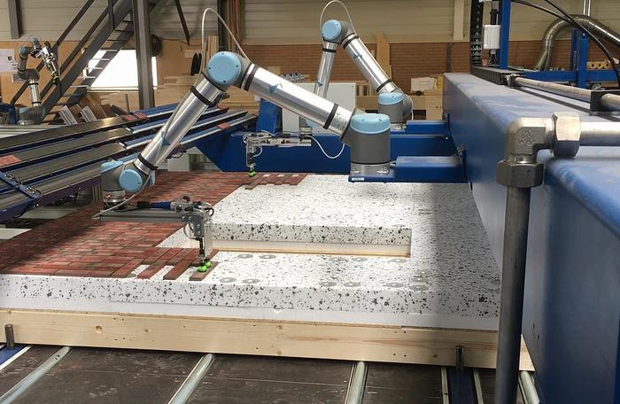 Robi One Brick Slip Robot