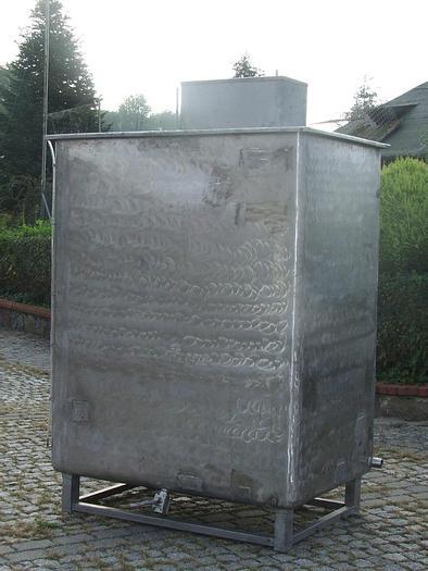 Used Zbiornik jednopłaszczowy z mieszadłem podwójnym śmigłowym