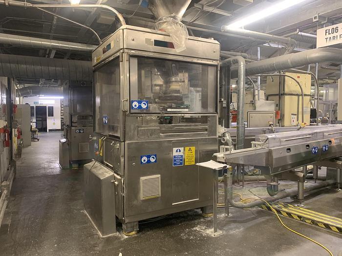 Used 1999 FETTE 3090 C Tablet Press