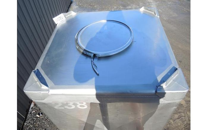 USED 350 GALLON TANK (TOTE), STAINLESS STEEL