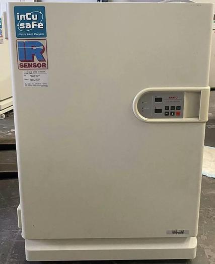 Used Sanyo MCO-17-AIC CO2 Incubator