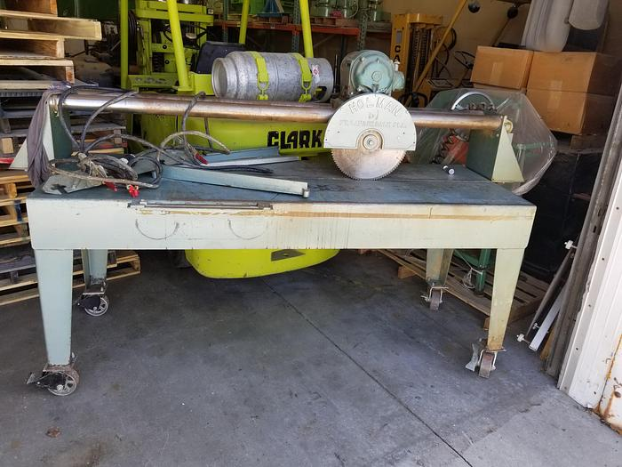 "Used Holman 16"" Counterop Panel Saw"