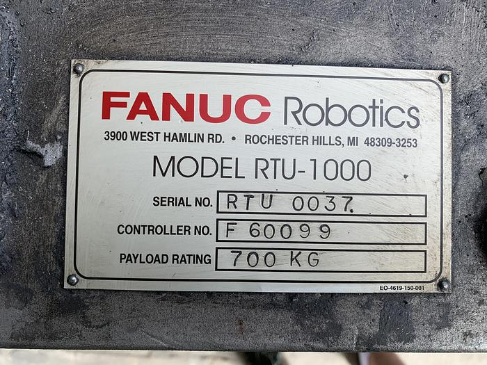 FANUC RTU-1000 7TH AXIS ROBOT TRACK 700KG X 13' TRAVEL
