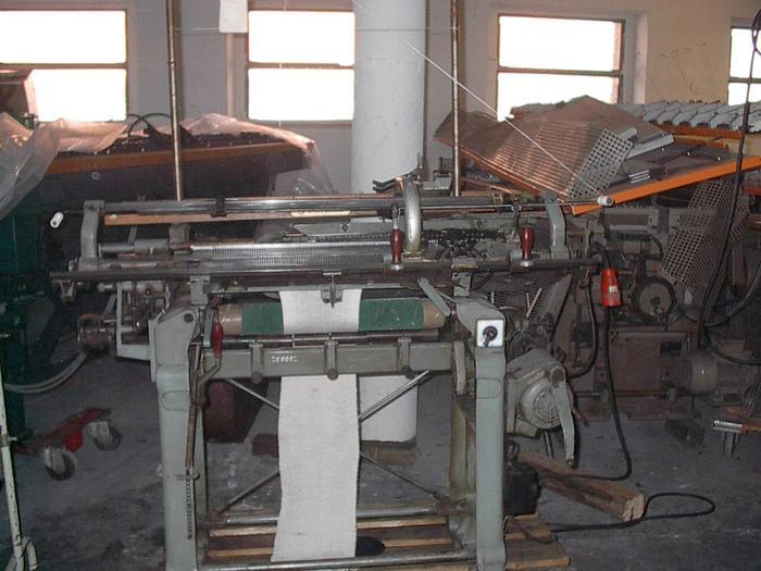 Gebraucht Bänderstrickmaschine UNIVERSAL  SUPRAFIX SG E04/060