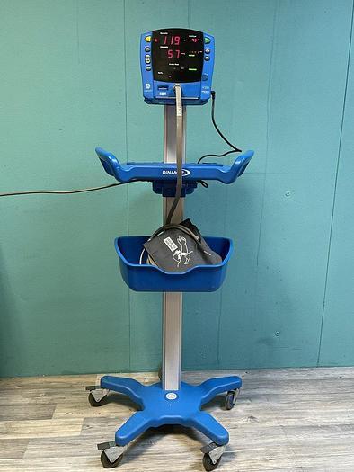 Gebraucht GE Carescape V100 DINAMAP  Patientenmonitor auf Trolley mit Blutdruckmanschette