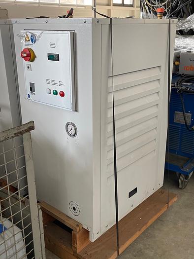 Gebraucht Chiller für Wasser  RITTAL SK 3336.500 Wasserkühler