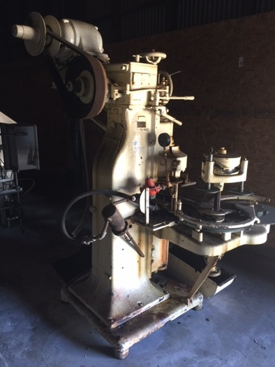 Canco Model 08 Closing Machine