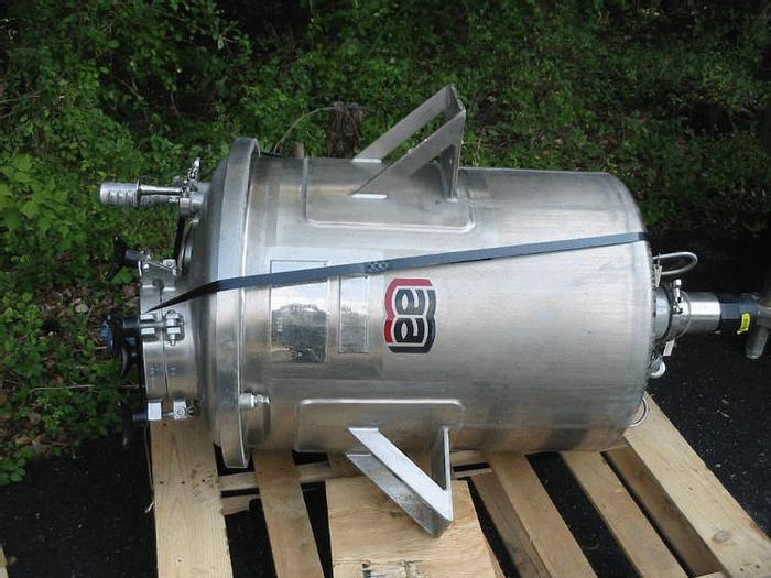 Used 50 GALLON LEE AGITATED PRESSURE VESSEL – 316 S/S – 100 PSI/FV