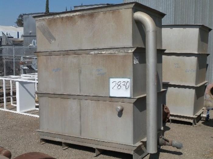 1,260 Gallon Vertical Rectangular Tank #2890