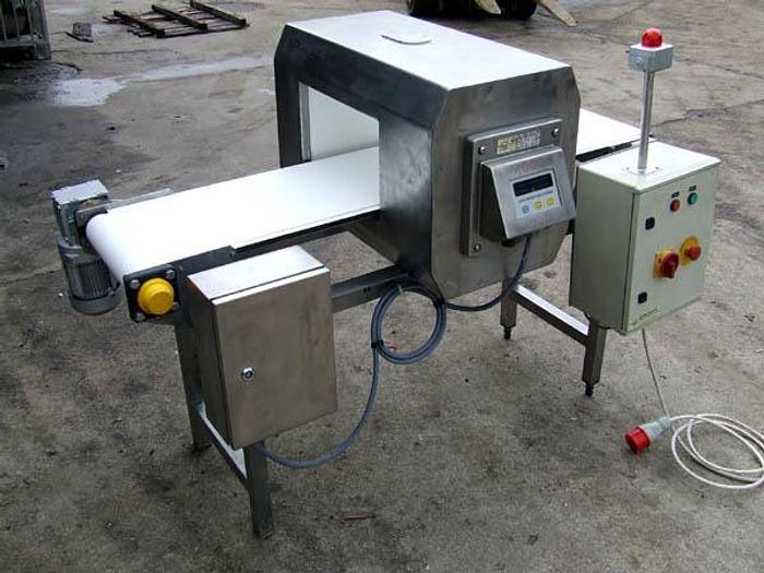 Używane Detektor metalu z przenośnikiem - LOCK