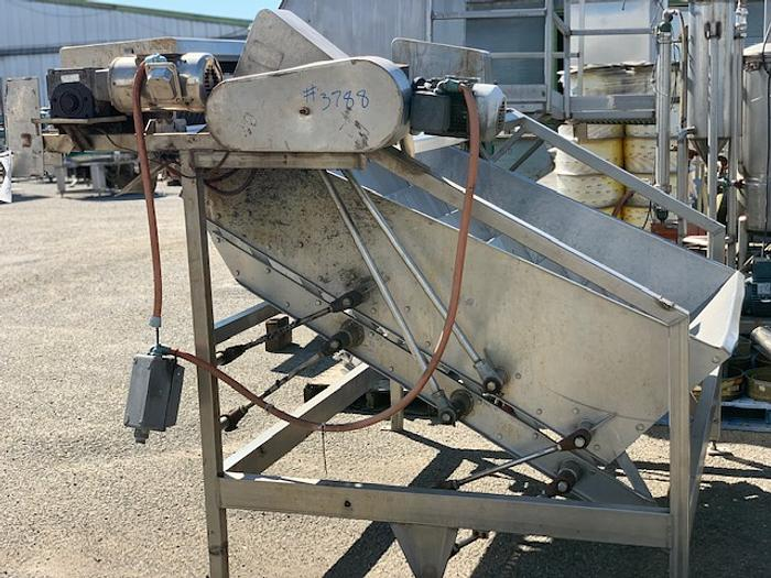 Grove-Dale Shufflo Feeder with Slicer