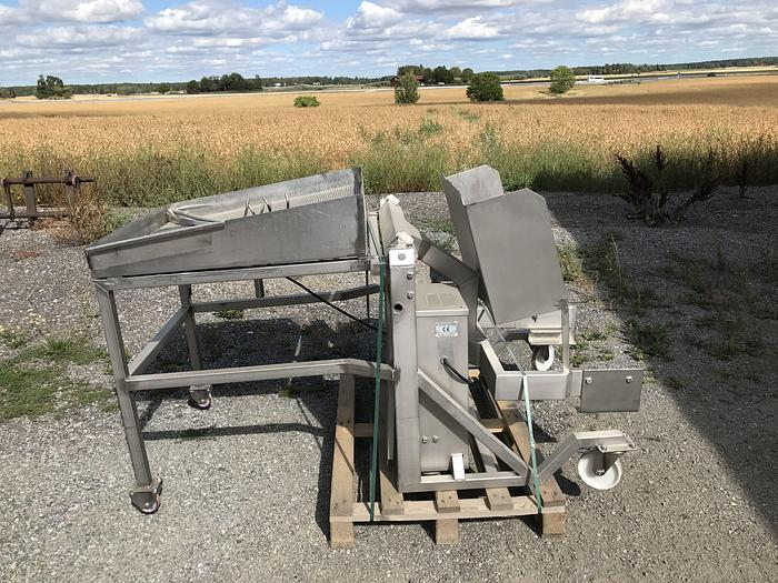 Använd Skänkvagnstipp110cm med tratt och avtömning