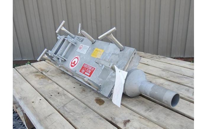 USED 2'' INLINE DRY BULK MAGNET TRAP, STAINLESS STEEL