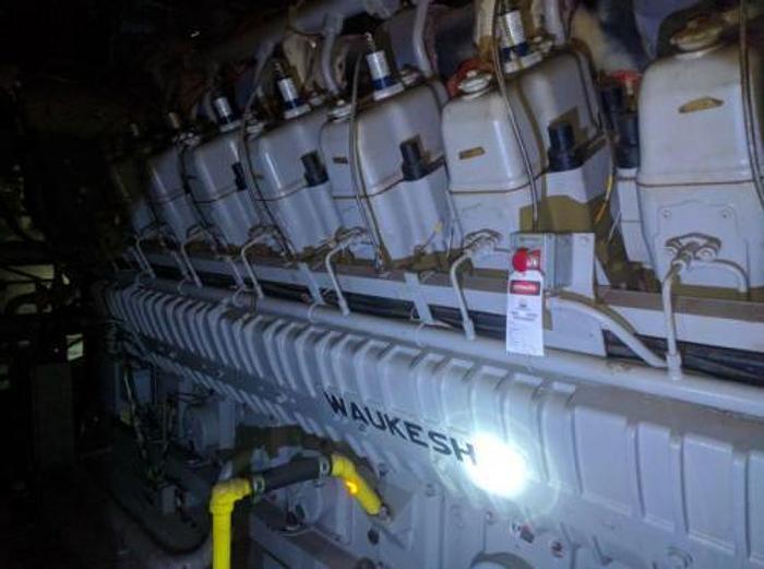 2.82 MW 2005 Used Waukesha 16VAT27GL Natural Gas Generator