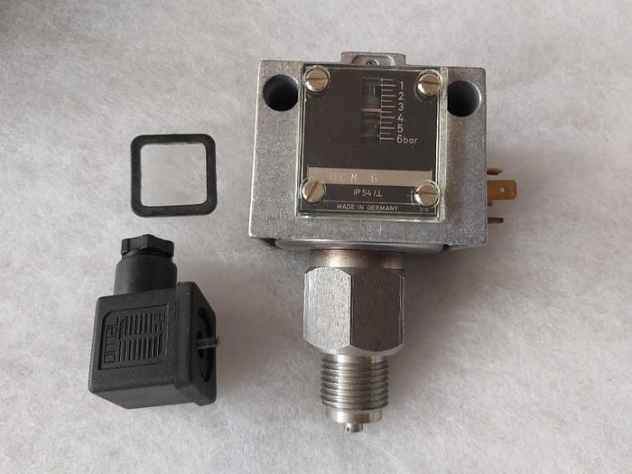 Universaldruckschalter, DCM 6, Industrieregler GmbH,  neu
